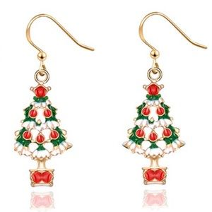 Super cute holiday earrings